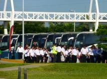 89 busloads of 3000 people