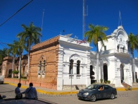Side view of the Palacio Municipal