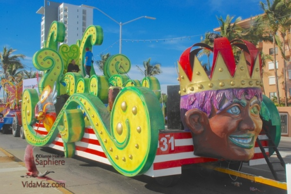 King of Joy float