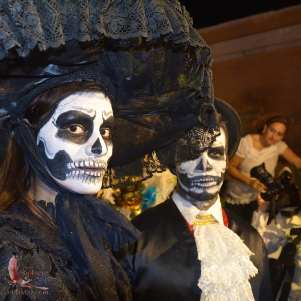 La Pareja: Together in life and death