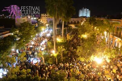 This aerial of the crowd from CULTURA