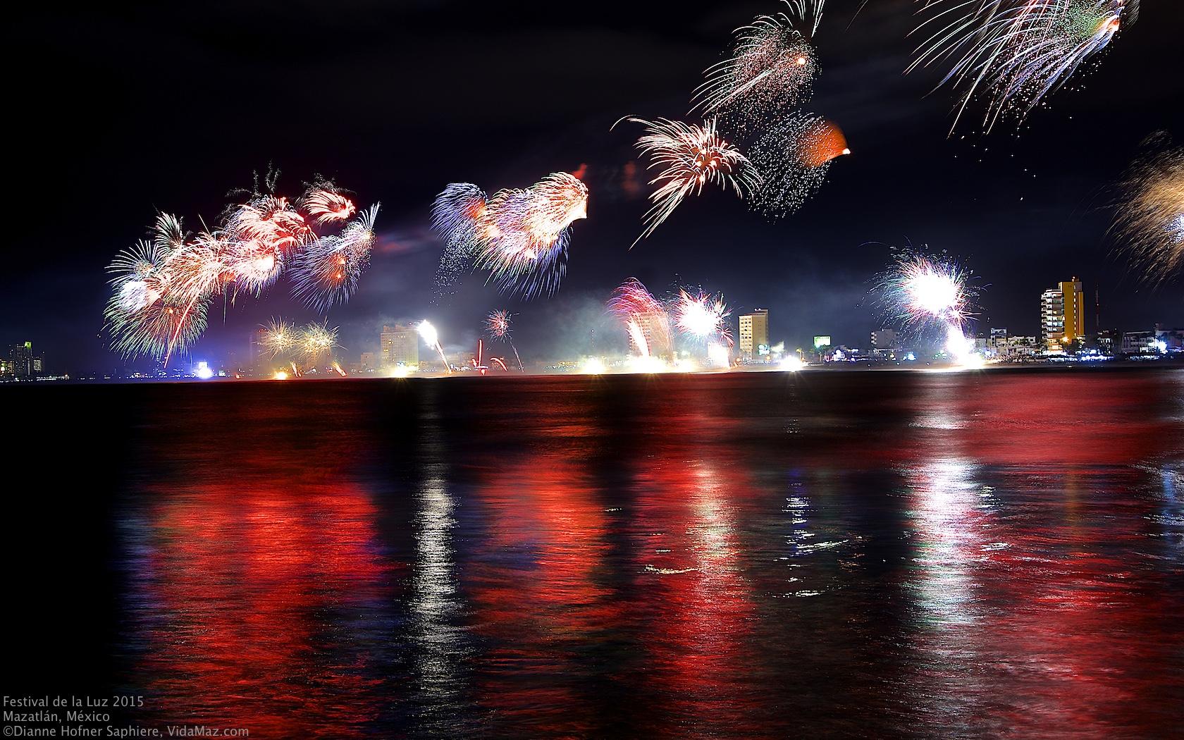 Image result for Festival de la Luz mazatlan