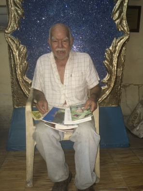 The author today, in a throne from a Carnaval float.