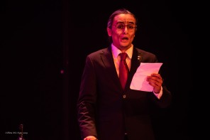 Suzuki reads the letter from Pinkerton